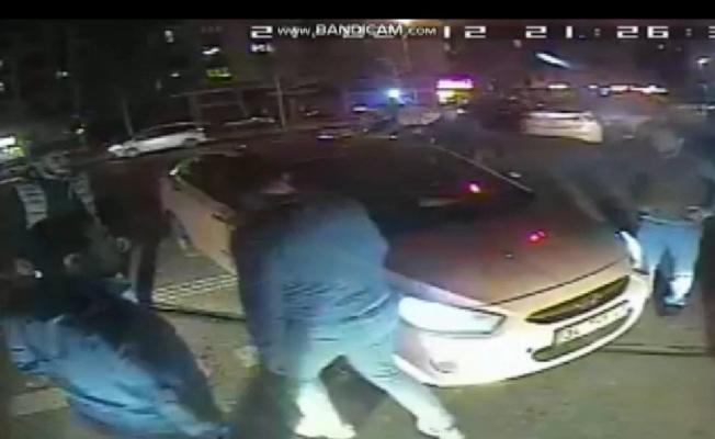 Çekmeköy'de taksici magandası, yol kesip otobüs şoförünü dövdüler