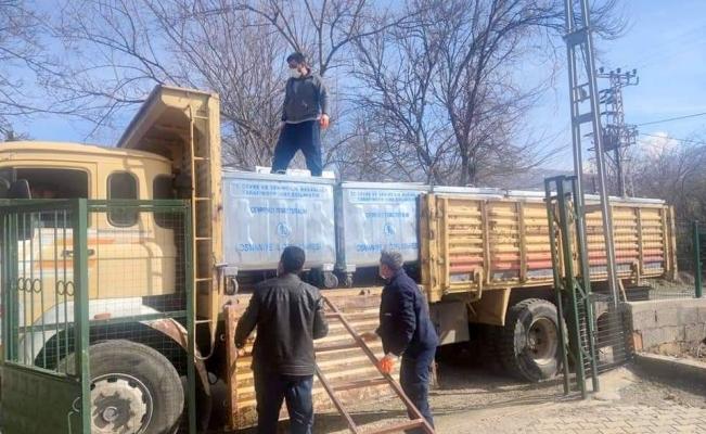 Düziçi'nde köylere çöp konteyneri dağıtılmaya başlandı