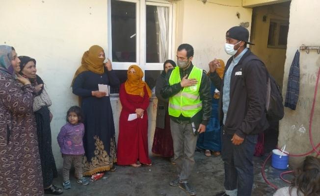 İngiltere'de yaşayan Somalili mülteciden Suriyelilere yardım