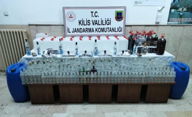 Kilis'te çok miktarda sahte alkol ele geçirildi