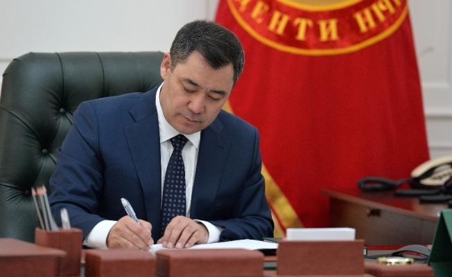 Kırgızistan Cumhurbaşkanı Caparov, Rusya ziyareti öncesi karantinaya girdi