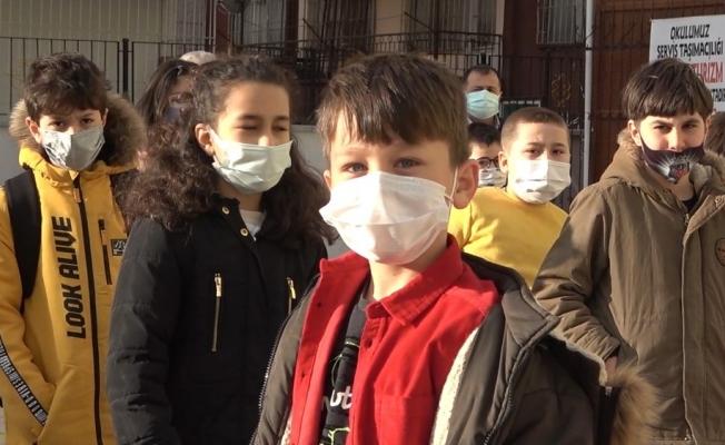 """3. sınıf öğrencisi Enes Şahin: """"Hijyenle koronayı paramparça edeceğiz"""""""