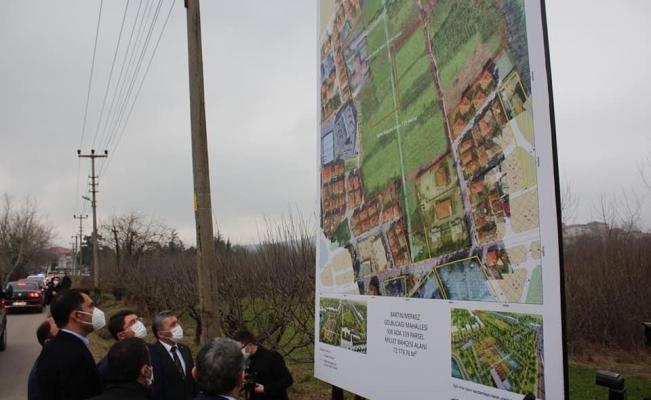 Bakan Kurum Bartın'da Millet Bahçesi yapılacak alanda incelemelerde bulundu