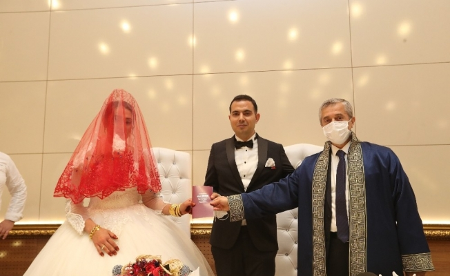 En fazla nikah kıyma rekoru Şahinbey'de