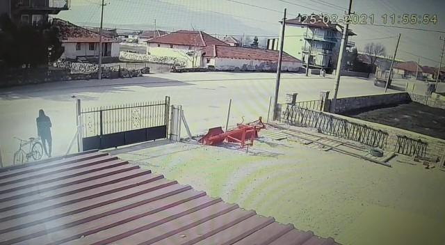 Uyuşturucu için hırsızlık yapan şüpheli bisikletle kaçarken JASAT'a yakalandı