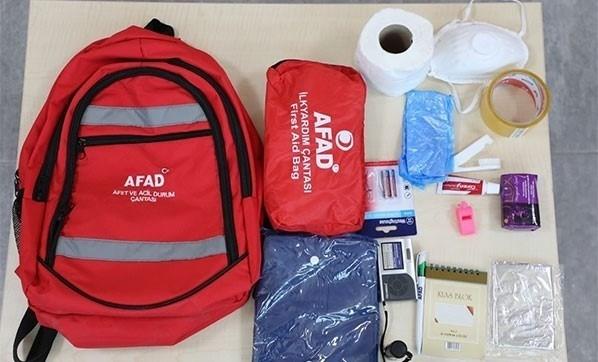 AFAD'tan kurum müdürlerine afet çantası