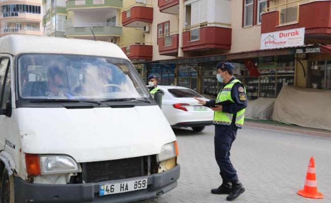 Alanya'da sokağa çıkma denetimi! Yasağa uymayanlara ceza yağdı