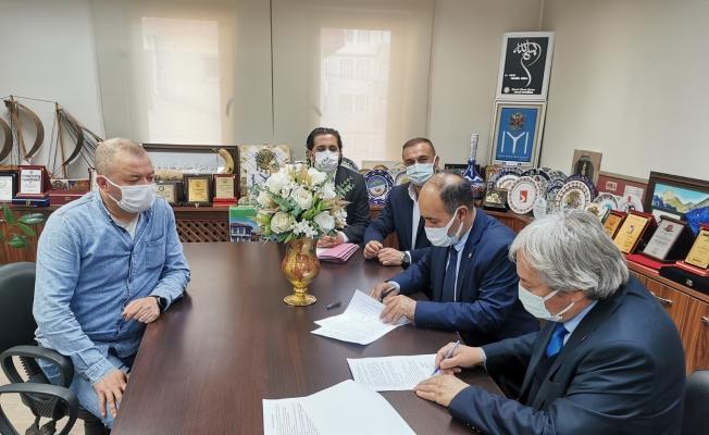Osmaneli Belediyesi ile Belediye-İş Sendikası arasında toplu iş sözleşmesi imzaladı