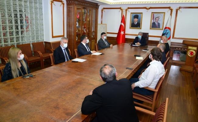 Vali Akın başkanlığında pandemi toplantısı yapıldı