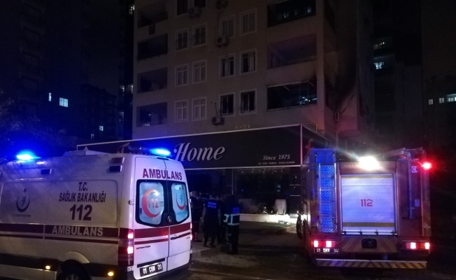 Adana'da 1 kişinin öldüğü 3 kişinin yaralandığı yangın klimadan çıkmış
