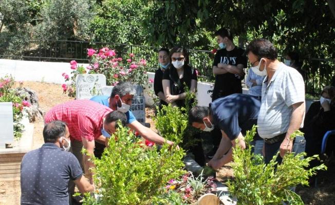 Alanya CHP Aras ve Karlı'yı unutmadı