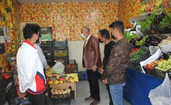 Başkan Altın, esnaf ziyaretlerinde bulunarak vatandaşların bayramını kutladı