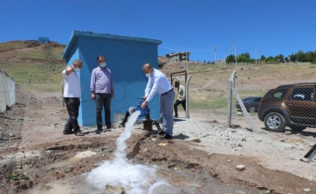 DİSKİ, mahallelerinin su sorununu çözmeye devam ediyor