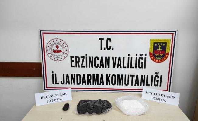 Erzincan'da 728 gram metamfetamin ile 1150 gram reçine esrar ele geçirildi