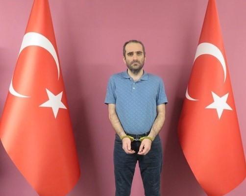 FETÖ/PDY lideri Fetullah Gülen'in yeğeni Selahaddin Gülen yakalanarak Türkiye'ye getirildi