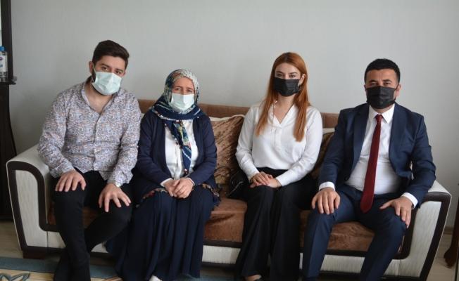 Hakkari Vali Yardımcısı Gölbaşı şehit ailelerini ziyaret etti