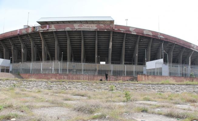 Harabeye dönen Cebeci İnönü Stadyumu, yıkılacağı günü bekliyor