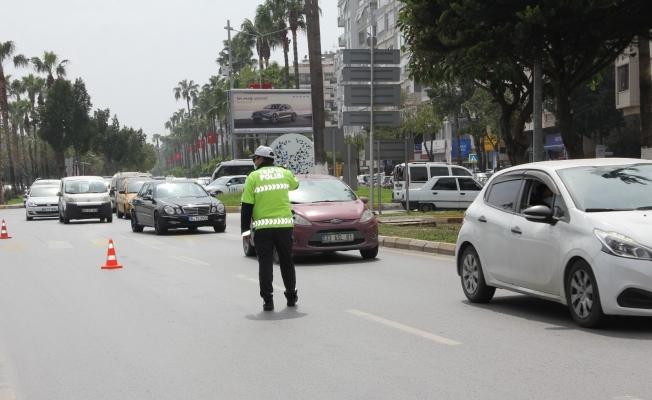 Mersin'de nisan ayında trafiğe 2 bin 474 araç daha eklendi