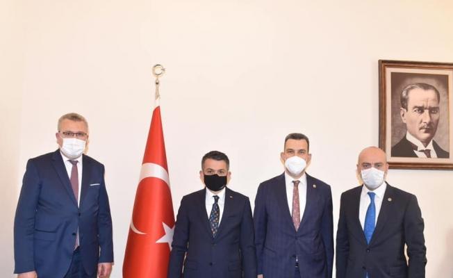 """Özkan: """"Selzede vatandaşlarımızın yanındayız"""""""