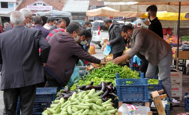 Pazar yerlerinde sadece yaş meyve ve sebze satışına izin verilecek