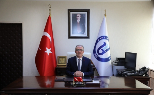 """Rektör Uzun'un """"Kadir Gecesi"""" mesajı"""