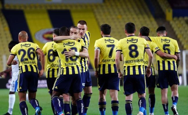 Süper Lig: Fenerbahçe: 3 - BB Erzumspor: 0 (Maç devam ediyor)