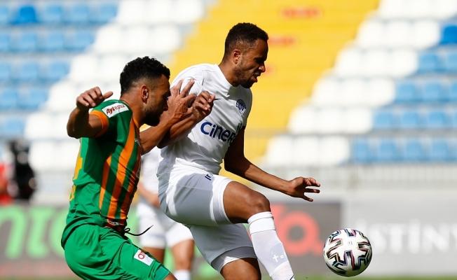 Süper Lig: Kasımpaşa: 2 - Aytemiz Alanyaspor: 0 (İlk yarı)