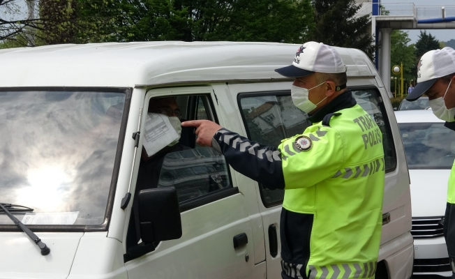 Sürücülerin izin belgeleri denetlendi