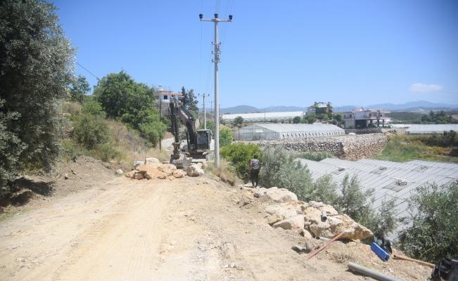 Toslak ve Türkler Mahallelerindeki yollar genişletiliyor