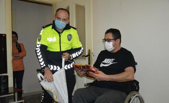 Trafik kazası sonucu felç kalan Ayva'dan 'emniyet kemeri' için ders gibi sözler