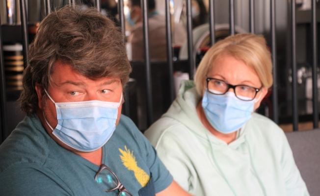 Türk doktorlarının başarısını duyan Alman Çift Elazığ'da operasyon oldu