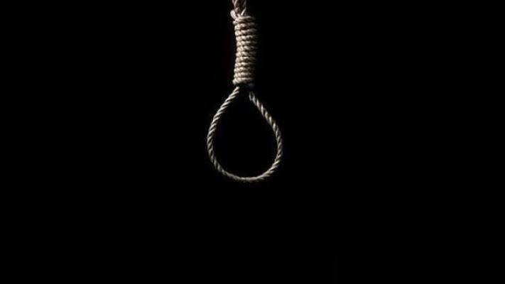 Alanya'da 25 yaşındaki genç iple asılı halde ölü bulundu