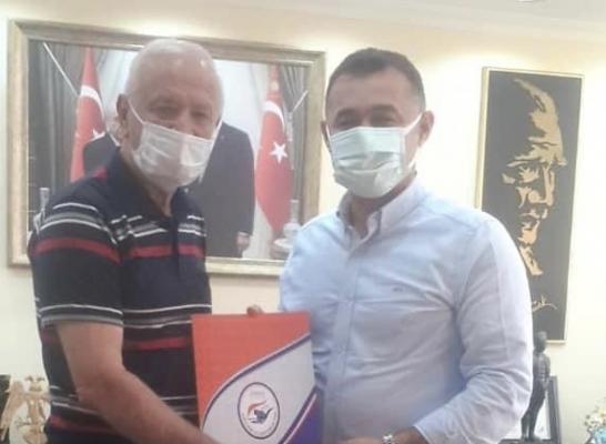 Başkan Demir belediyeden vergi indirimi talep etti
