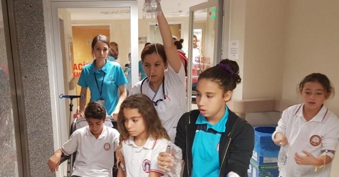 50 öğrenci sudan zehirlendi