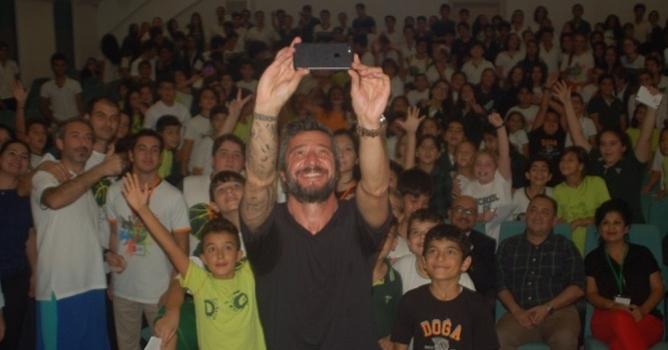 Alanya Doğa öğrencileri  Tümer Metin'i ağırladı