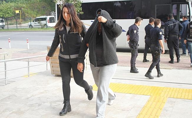 Alanya'da tefeci operasyonunda 12 tutuklama