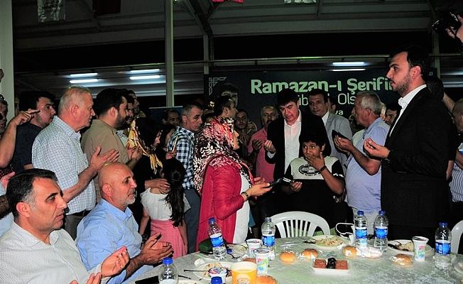 Alanya iftar sofrasına akın etti