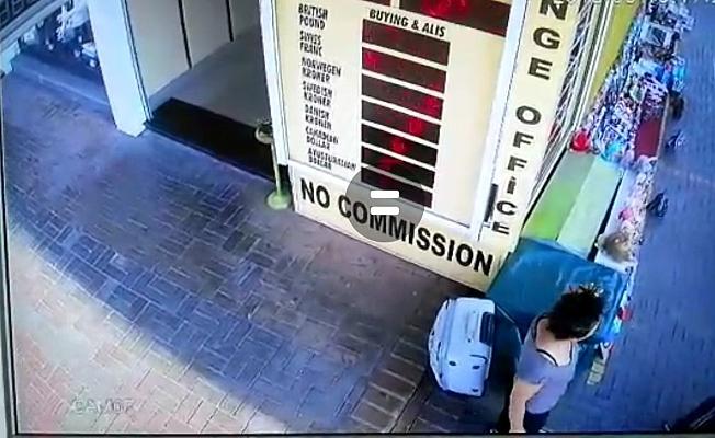 Alanya'da kadın hırsız valizi böyle çaldı