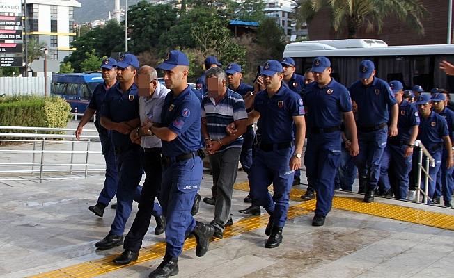 Emlak çetesi çökertildi: 12 tutuklama