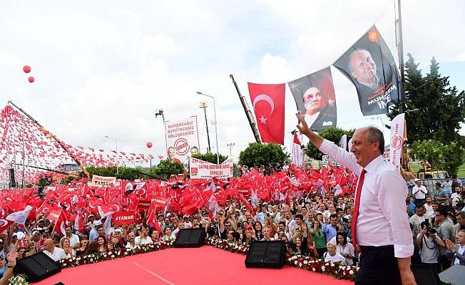 Antalya'da İnce izdihamı