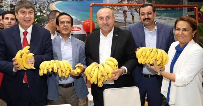 Bakan Çavuşoğlu Alanya standında