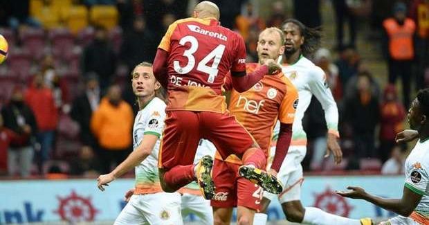 Galatasaray Aytemiz Alanyaspor'u mağlup etti