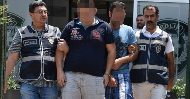 Motosikletli kuryeler gözaltında
