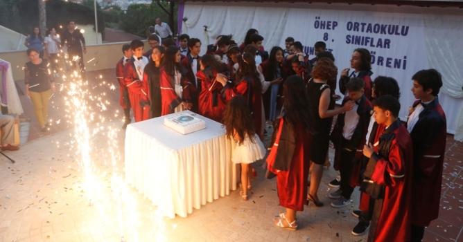 ÖHEP'li öğrenciler mezun oldu