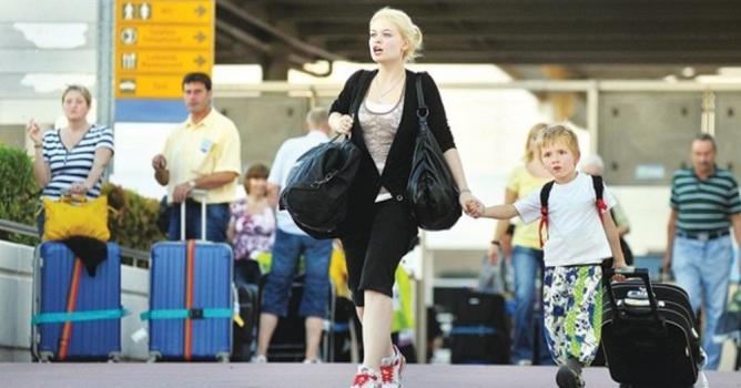 Rus Bakan: Türkiye'ye  yolcu sayısı artacak!