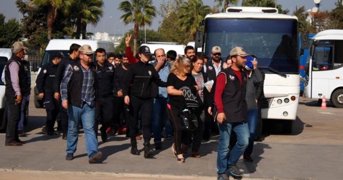 Terör operasyonunda 10 tutuklama