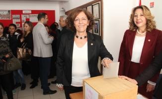 CHP'li kadınlarda  Başkan Tığlı oldu