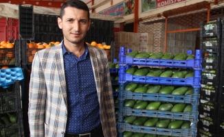 Avokado üreticileri genel kurul yapıyor