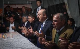 """Çavuşoğlu: """"Karşımıza çıkanları ezer geçeriz"""""""