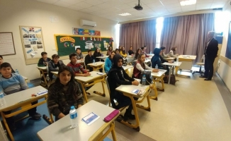 Öğrencilere sınav  velilere brifing